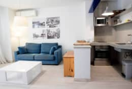 Kitchen and living room apartment Velero Sitges