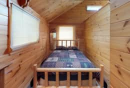 Lakeside-Camp-Bedroom