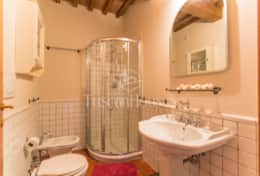 Holidays in Lucca - BELLAVISTA 8+1-Tuscanhouses- (52)
