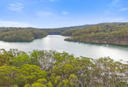 Immerse yourself in the peace - The River House Gipsy Point - Good House Holiday Rentals