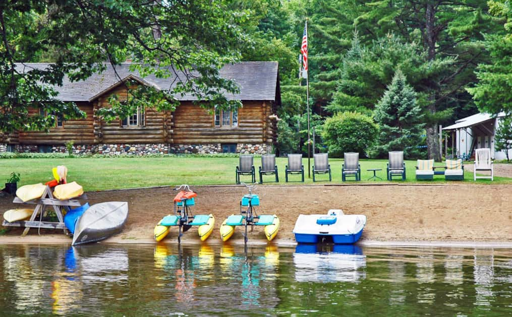 Coadys' Point of View Lake Resort - Northwoods Cabins, Campsites