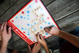 Scrabble at treehouse cabins