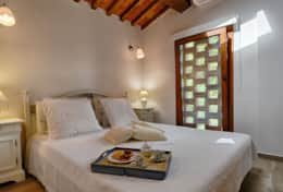 Accommodation-in-Tuscany-Pisa-Villa-Ai-Cipressi (9)