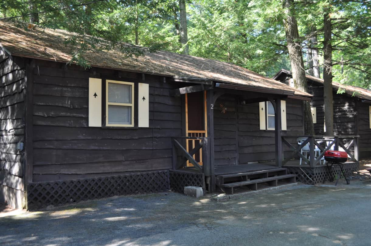 cottage 2 - spacious 2BR with deck