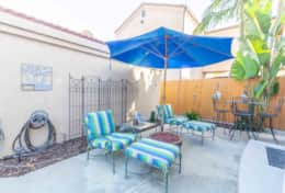 Wow! HB Downtown Oasis, just 1mi from the beach!