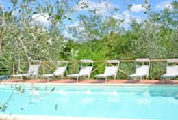 Accommodation-in-Tuscany-Pisa-Villa-Ai-Cipressi (1)