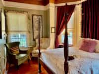 Vintage Rose En-Suite on 1st Floor