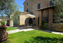 Holiday-rentals-Trasimeno-Lake-Villa Giulia