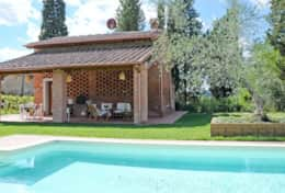 Accommodation-in-Tuscany-Pisa-Villa-Ai-Cipressi