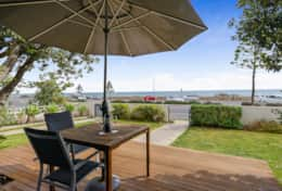 1-18 Seaview Rd West Beach 02