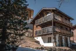 Chalet Daphne Chic Chalet Saas Fee Exterior