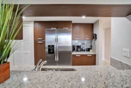 Fully equipped kitchen, washer/dryer