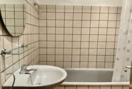 Bathroom apartment palmera empuries coll