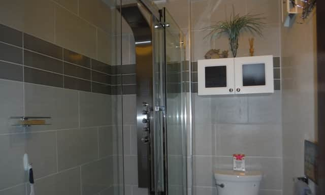 Second bathroom with spa shower