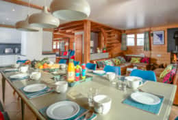 #7 chalet ananas dining_living