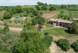 Casale Lavica-Holiday-Rentals-in-Umbria-whit-Private-pool (39)