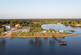 Open Water Lodge & Cabins