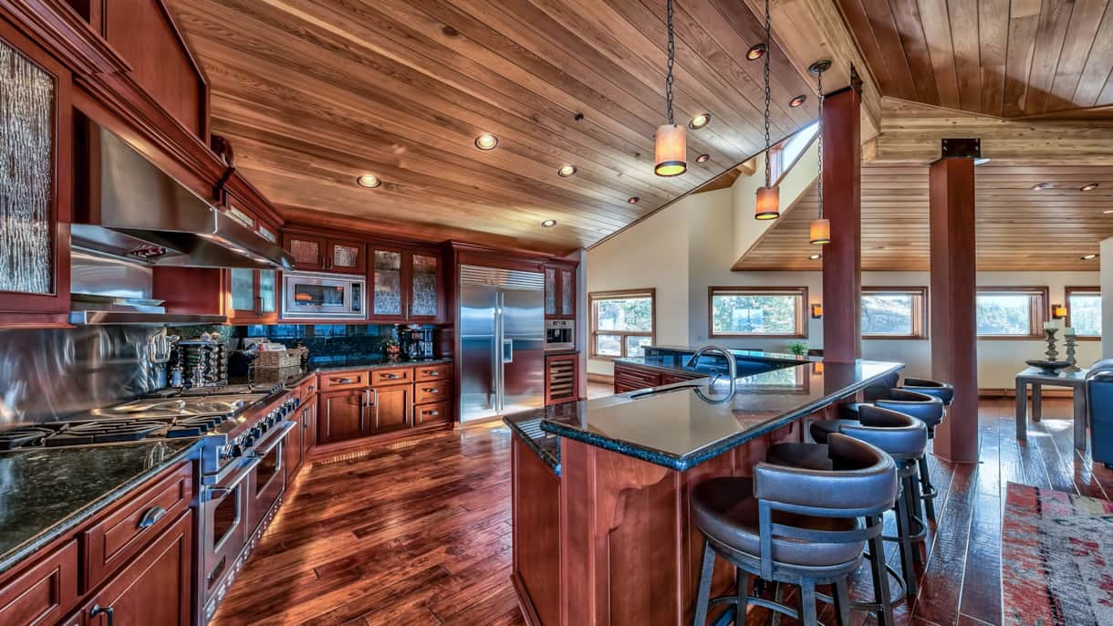 Enormous kitchen perfect for any chef