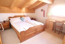Main Chalet Bedroom 2
