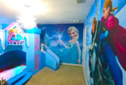 Frozen bedroom with Castle Bunk bed