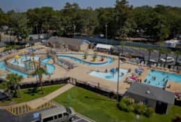 The lazy river & splash park