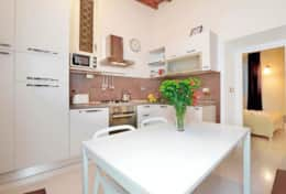 07-campo-de-fiori-2-kitchenette