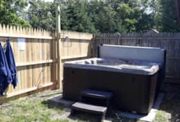 Cedar Hot Tub copy