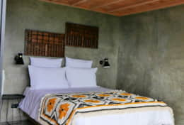Quarto casal / Double bedroom