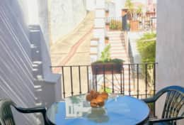 CASA LUNA - Private Balcony for a pleasant lunch or dinner outside.