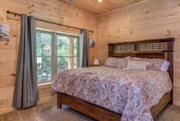 Hideaway at High Rock Cabin 32