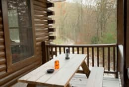 Waynesville Smokies Overlook Lodge Cabin - Deck Snow