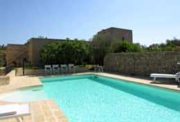 Masseria Ugento - pool area and view of the tower - Ugento - salento