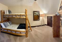 Bunk room/loft and area
