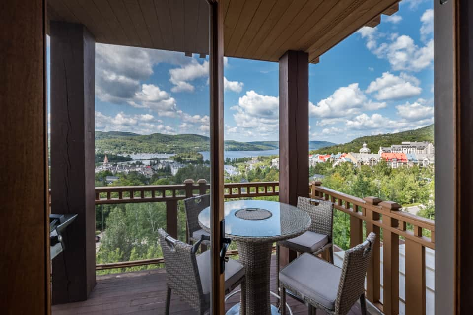 Altitude 166-8-2 bedroom-sleeps 4 - Holiday Apartment in Mont-Tremblant