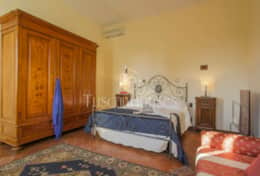 VILLA DE FIORI-Tuscanhouses-Villa with pool close to Florence-Holiday rental (66)