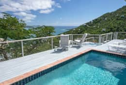 Views overlooking Coral Bay and beyond!
