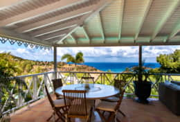 stbarth-villa-kermao-outdoor-living-area-sea-view-