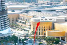 Walk to Dubai Mall next to Burj Khalifa