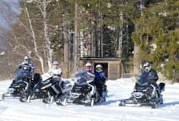 K46 Wallace Cottage - We can get your adrenalin going by arranging a snowmobile safari