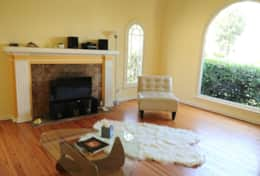 Tranquil & Convenient 1BR Home Mid Wilshire