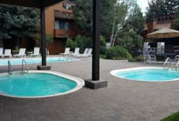Mammoth Condo - Outdoor Hot Tubs (shared).  Open all year.