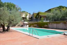 Casa Uliveto, small scale holiday rental near Valfabbrica