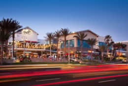 Pacific City - shops, cafes, restaurants in Huntington Beach just on 101