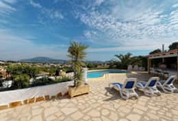 Holiday rental house with private pool in Moraira