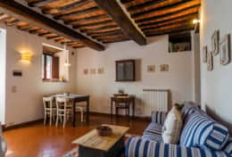 Trasimeno Pirate, apartment  Grotticella