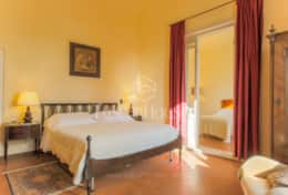 VILLA DE FIORI-Tuscanhouses-Villa with pool close to Florence-Holiday rental (47)